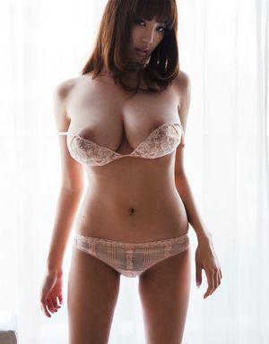 Nude shion utsunomiya Shion Utsunomiya