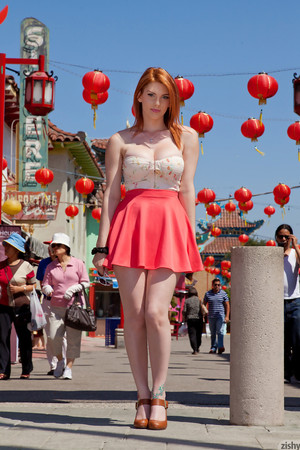 Lilith Lust China Town Zishy