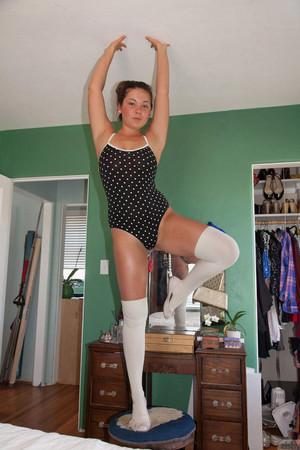 Nikki Yann Stretching For Zishy