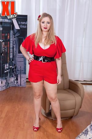 Marina Grey Lady In Red XL Girls