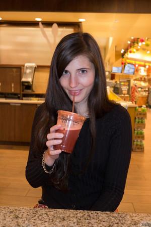 Irene Quinn Big Booty Store Flasher Zishy