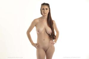 Penni Busty Petite Nude Muse Body Posing